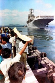 1992-11-24 US leave Subic Bay