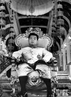 1941-04-25 sihanouk enthroned