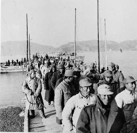 1955-01-18 KMT_prisoners in Battle of Yijiangshan Islands