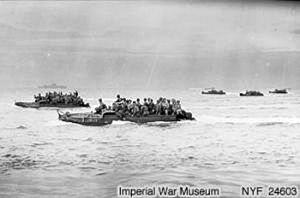 1944-04-22 US landing on thebeach of Aitape